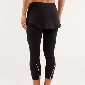 Lululemon Steadfast Crop
